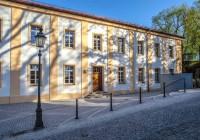 Endter Architektur nach Denkmalschutzsanierung: Gerichtsgebäude bei München