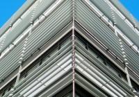 Endter Architektur nach energetischem Sanieren: Bürogebäude aus den 1960er-Jahre: Fassade