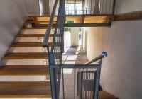 Endter Architektur im Gewerbebau: Bauernhof, Hausflur im ehemaligen Stall