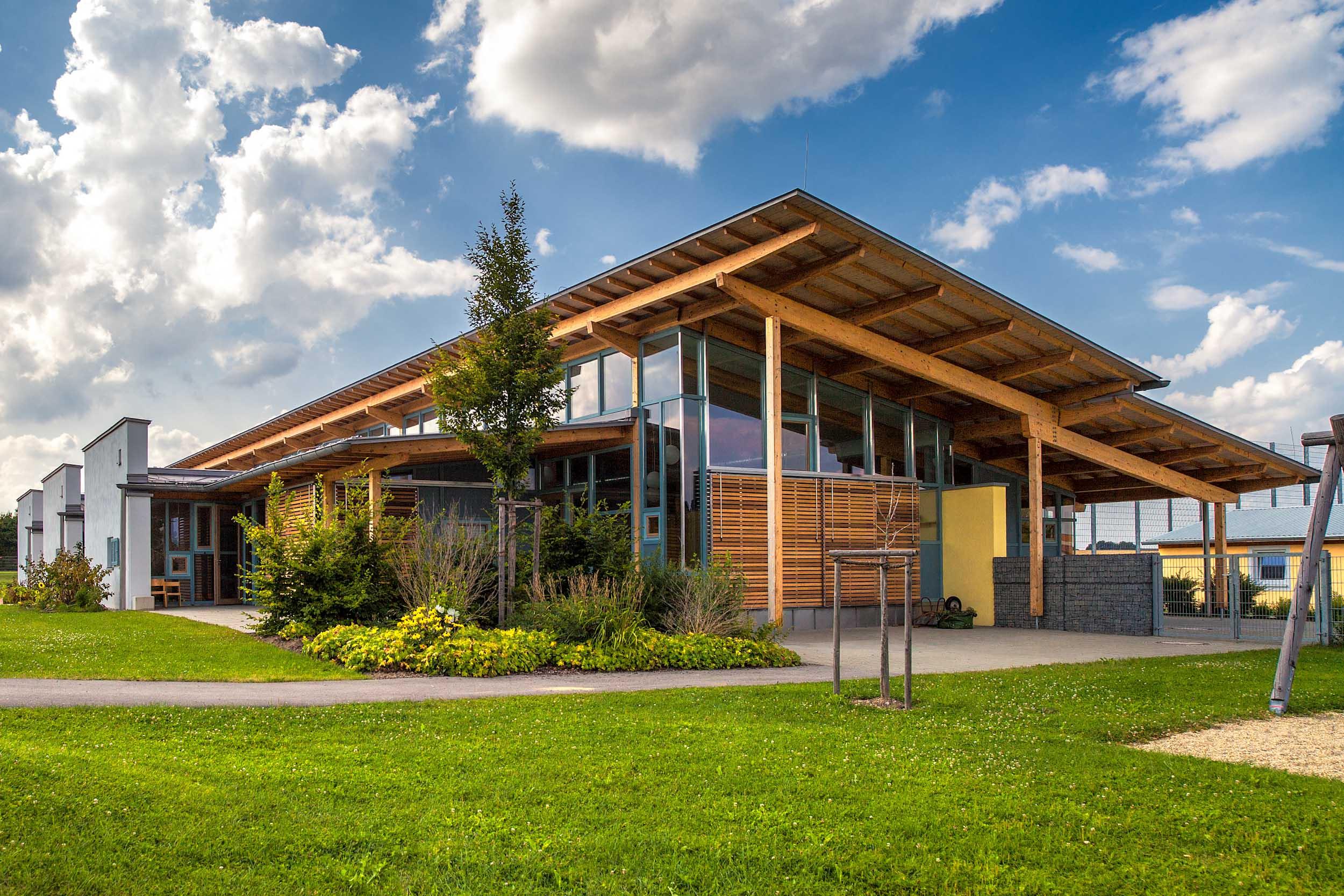 Endter Architektur im öffentlichen Bau: Kindergarten, Außenansicht ...