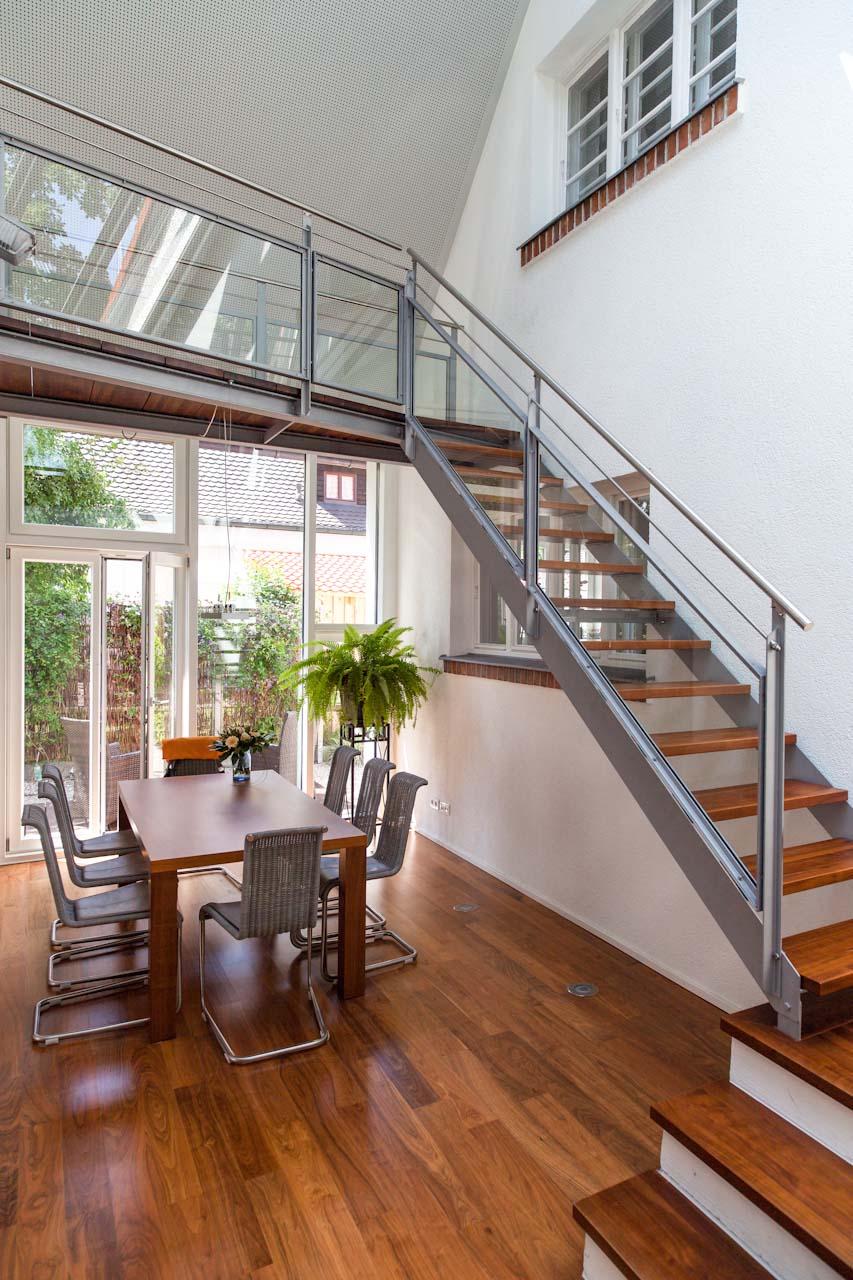 Anbau einfamilienhaus endter architektur - Haus mit galerie im wohnzimmer ...