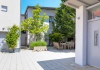 Endter Architektur im Wohnungs- und Hausbau: Einfamilienhaus in der Stadt, Vorplatz- und Garagenbereich