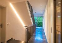 Wohungs- und Hausbau: Barrierefreies Terrassenhaus mit Tiefgarage